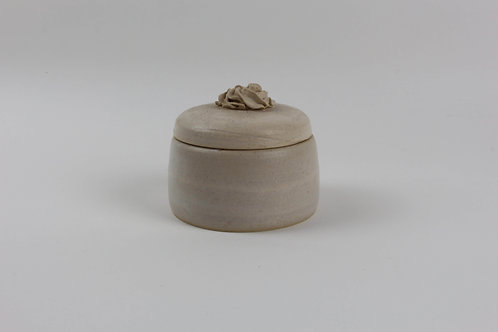 Medium Piped Jar