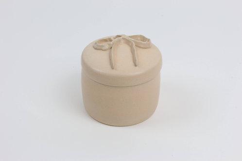 Medium Piped Jar