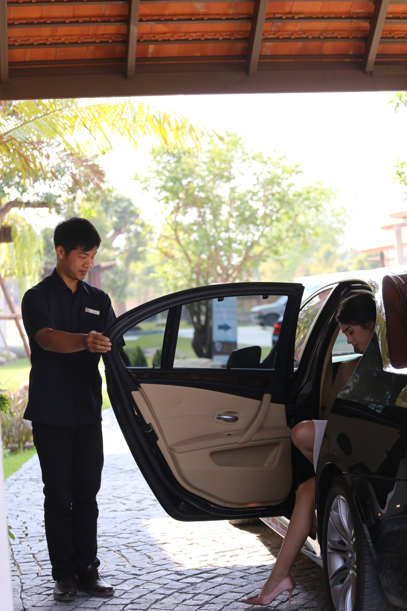 Car Service to City and Airport
