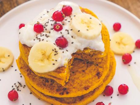 Pancakes Dorés au Curcuma – Sans Gluten