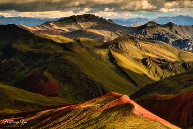 Dramatic light on Rainbow Mountain