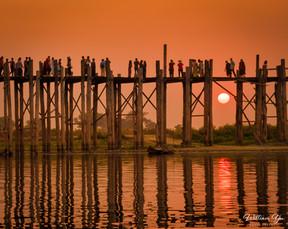 Sunset at Ubein Bridge