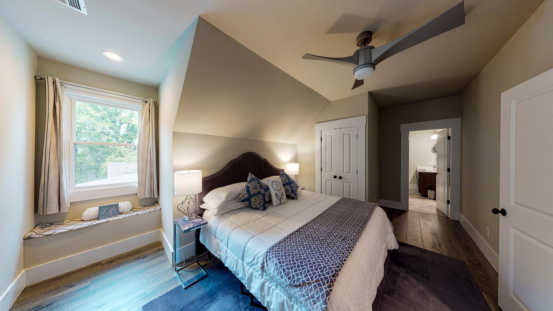 1009-Monroe-Street-Upstairs-Bedroom-2