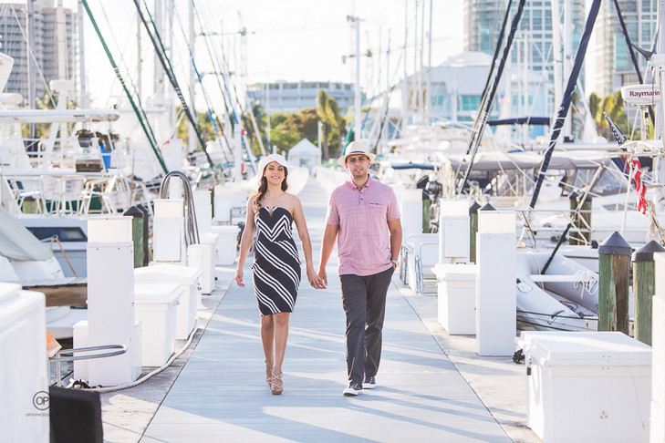 Miami Engagement session: Milenis + Hugo