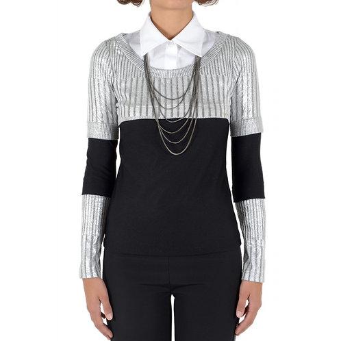 Pullover mit Hemddetail und abnehmbarer Kette