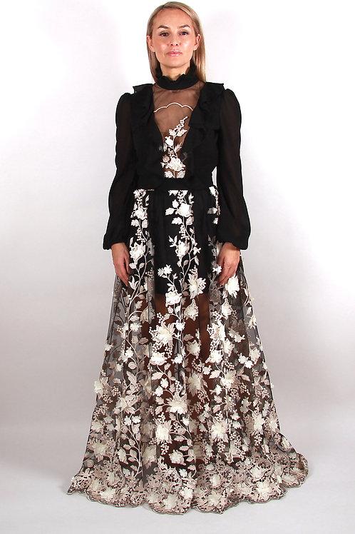 Langes Kleid mit Schleppe aus Tüll und 3D Spitze
