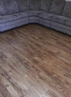 glue-down wood look vinyl planks