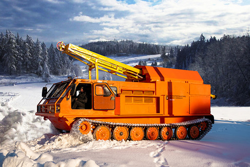 Drilling rig URB 2D3 on the crawler