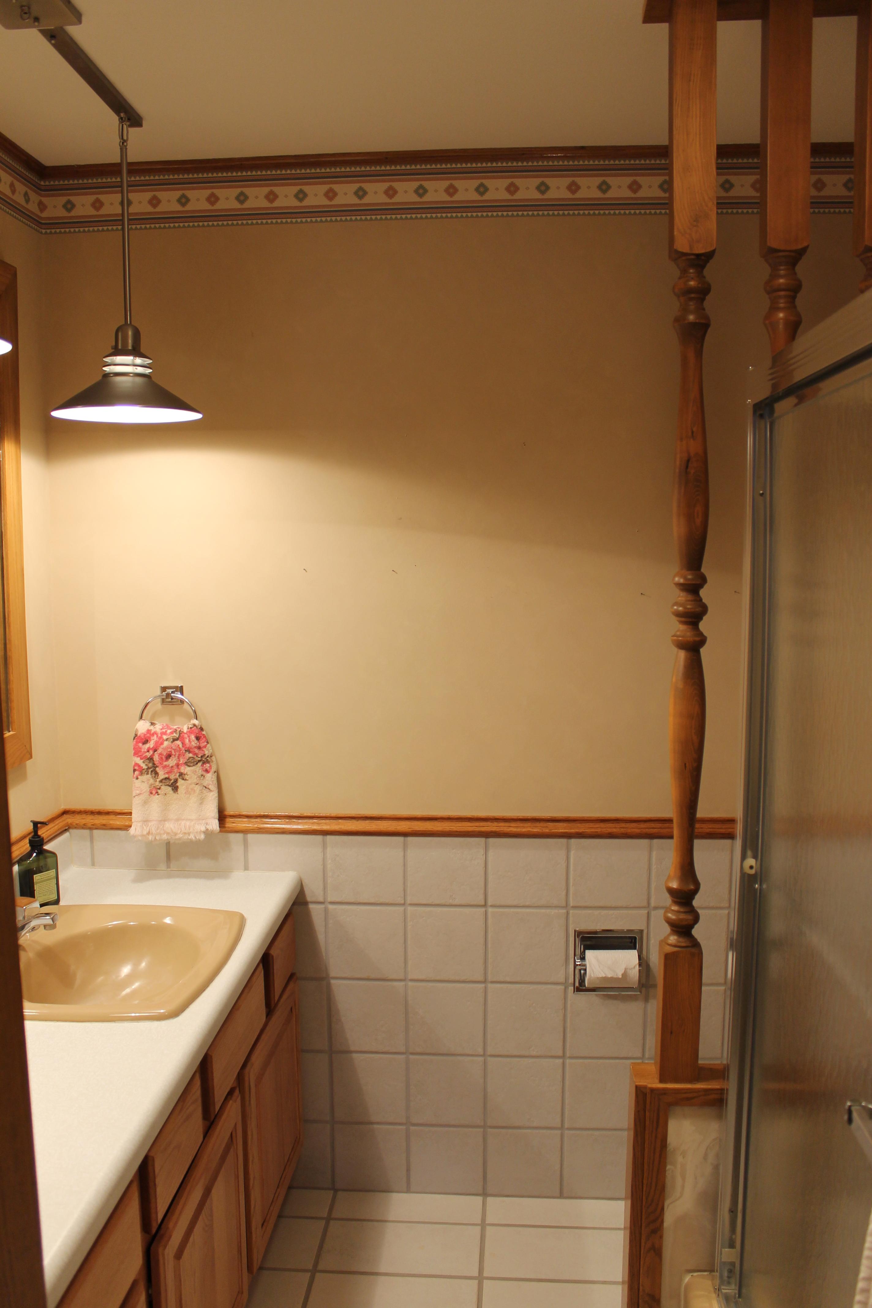 SCA_BW Upper Level Bath