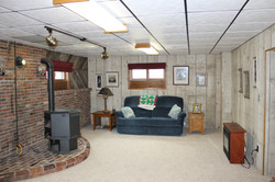 SCA_BW Lower level family room