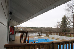 SCA_BW Outdoor pool and deck