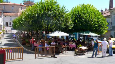 Brantome open air restaurants