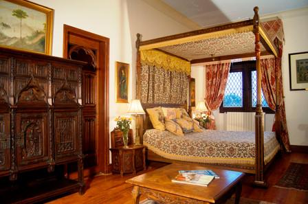 Queen Mother 2 bedroom