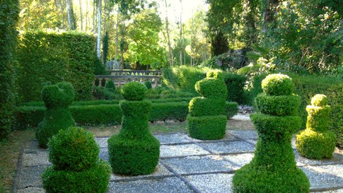Brantome garden