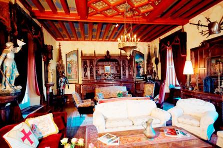 Main living room or Salle d'Honneur