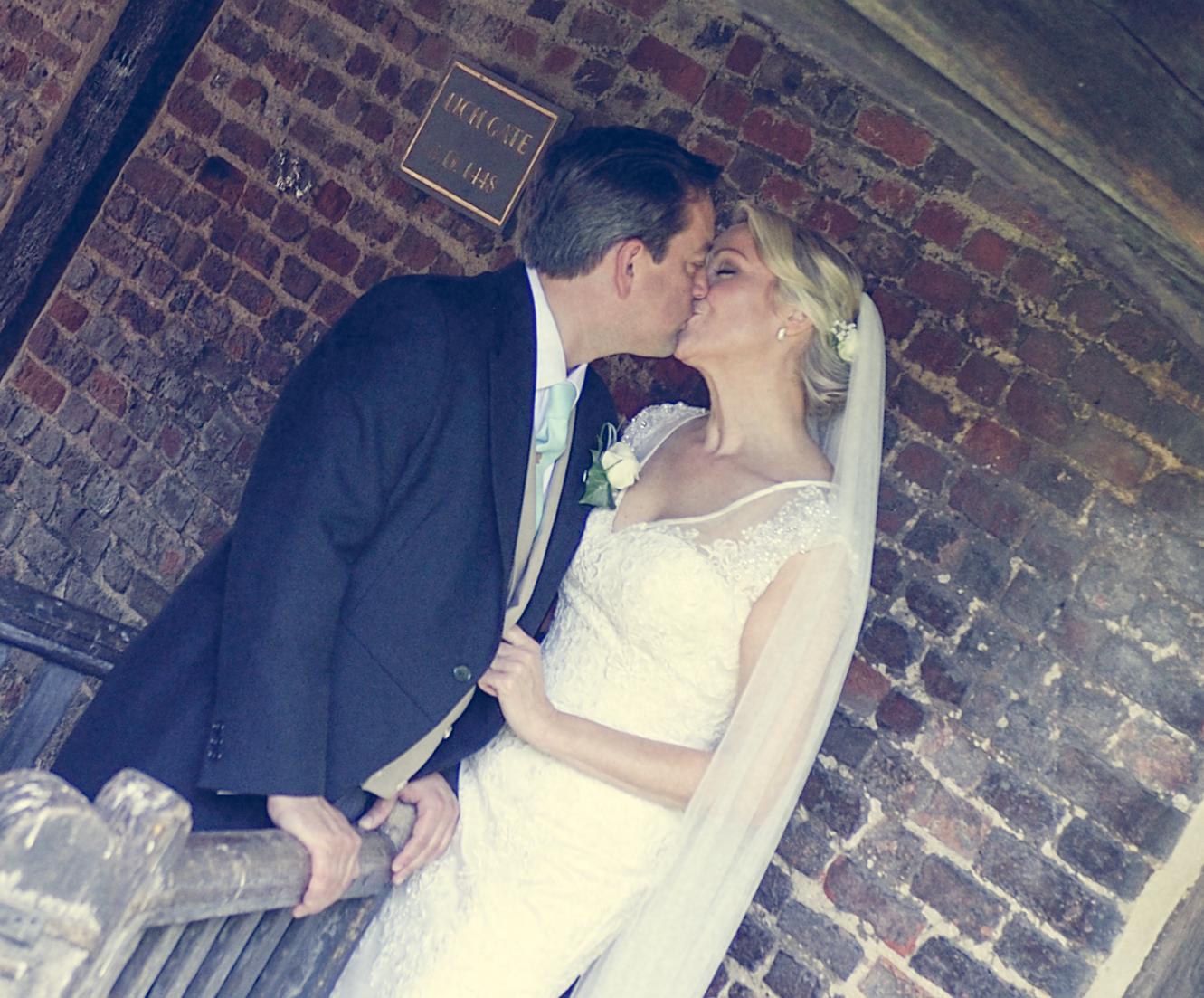kissing-1-15.jpg