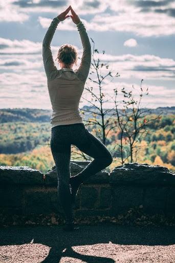 Yoga Pose - Clean Eating