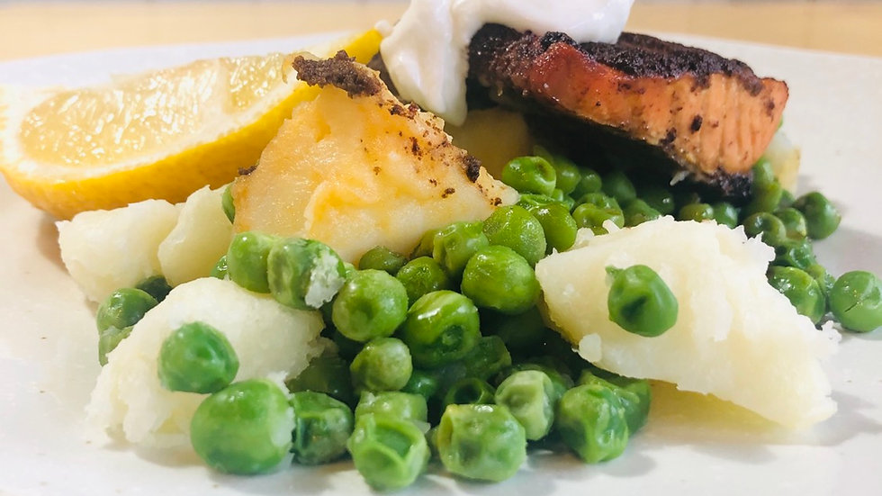 Tandoori salmon fillet, potato and peas, cucumber raita and mango chutney
