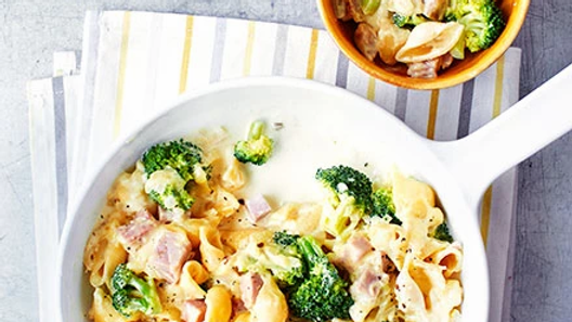 Ham, broccoli and blue cheese penne