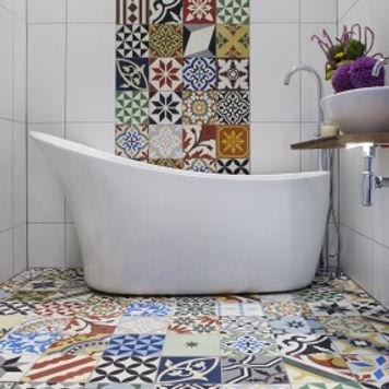 Patchwork-Encaustic-Tiles-in-Bathroom-Lo
