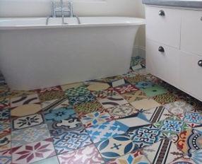 Patchwork-bunt-badezimmer-boden.jpg