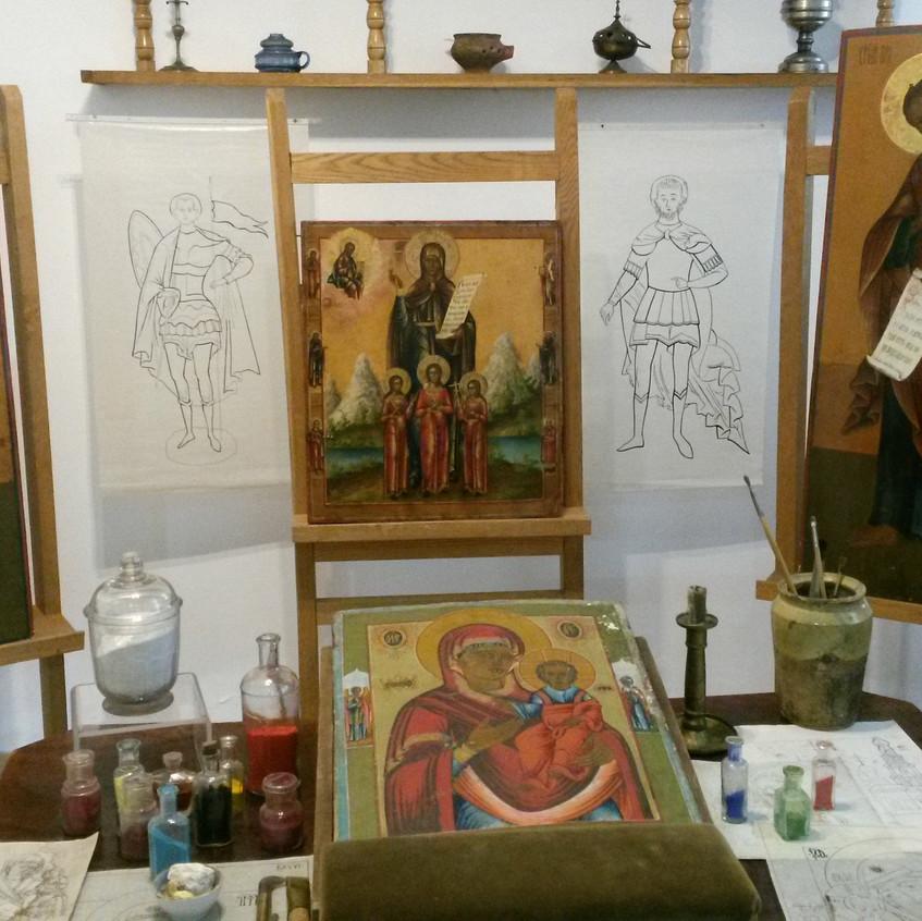 В мастерской иконописца