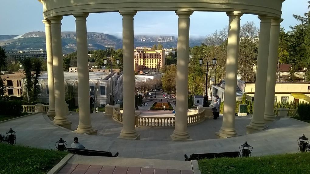 Санатории, парки и термы Кисловодска: совмещаем приятное с полезным