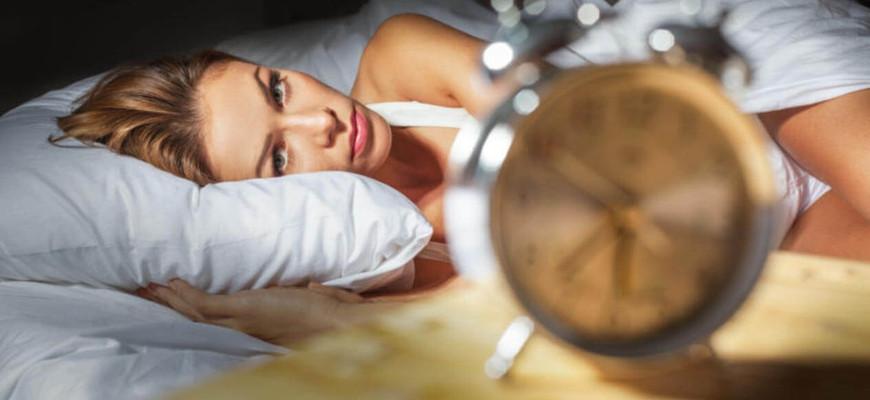 Пять способов битвы с бессонницей на отдыхе и дома