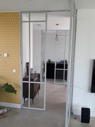 Scharnierdeuren licht grijs | TNW Interieur