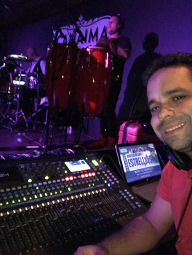 Jhander Orihuela / Live Audio Engineer.