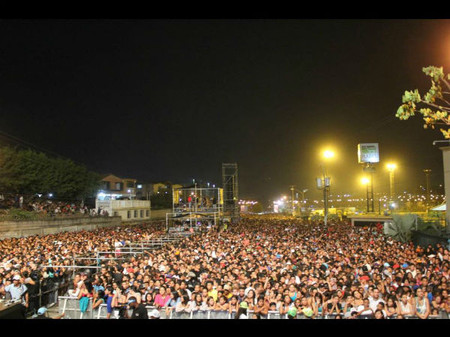 Crowd At Yandel Concert / Guatire / Venezuela