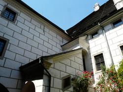 Egon Schiele Art Center, courtyard