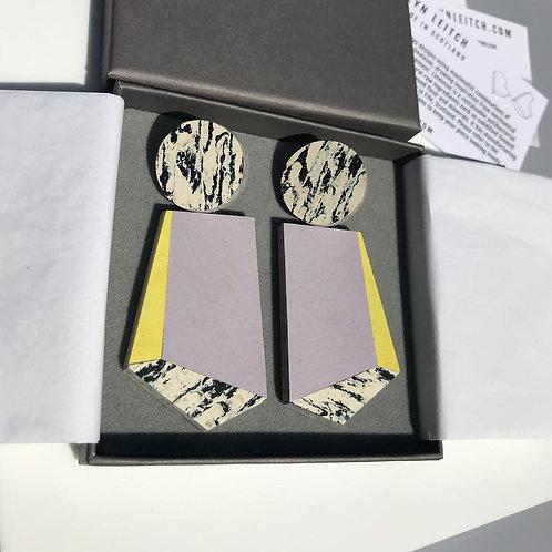 knocker earrings – lilac yellow glow