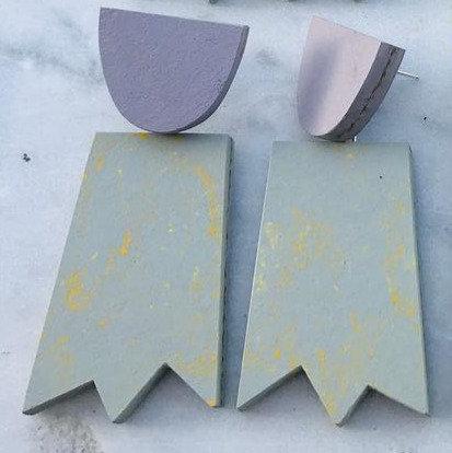 ghost earrings – lilac light grey yellow pattern