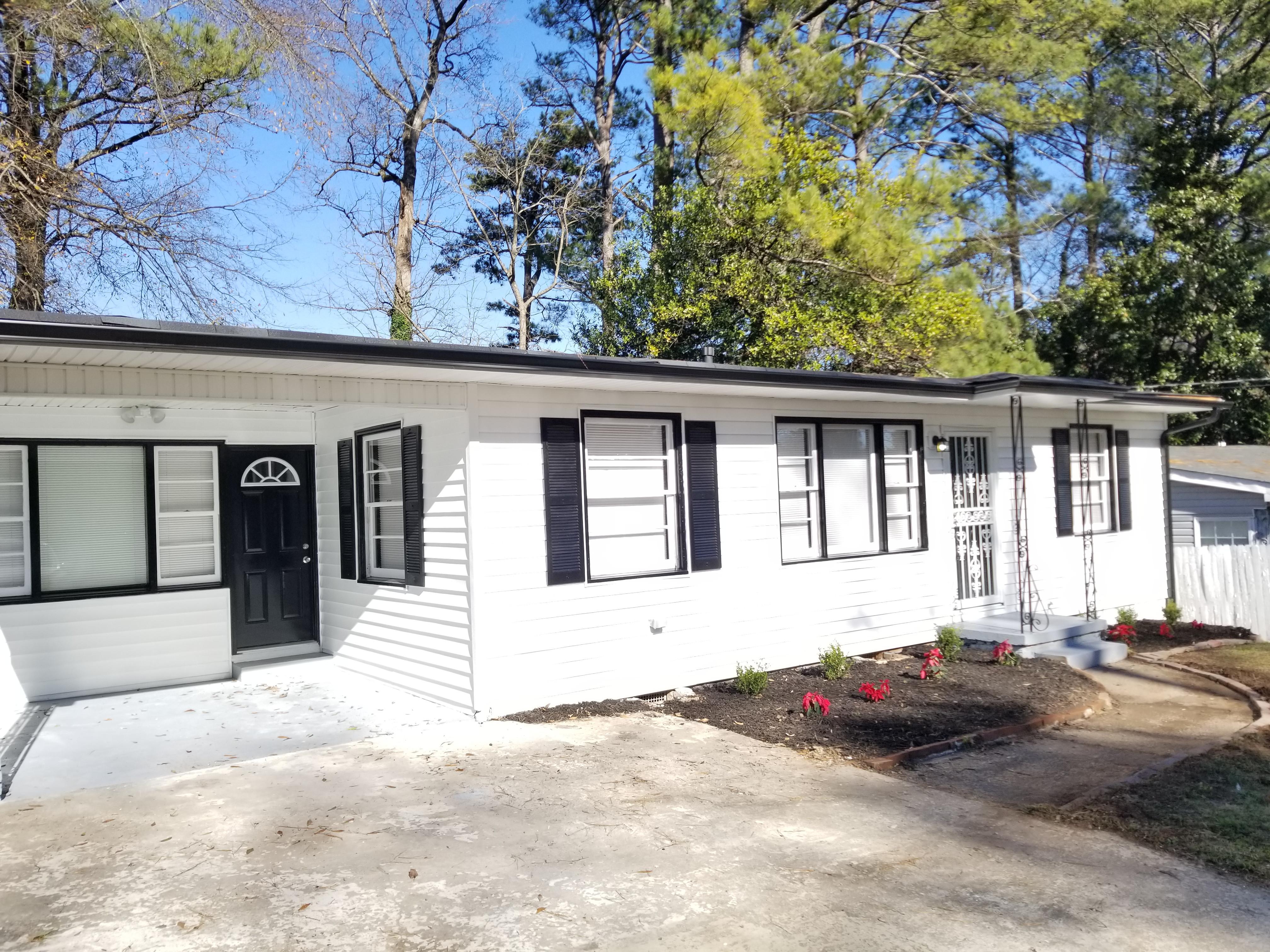 150 Oak Dr SW, Atlanta, GA 30354