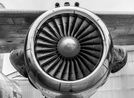 Why You Should Choose a Rolling Shutter Camera for Aviation Photography