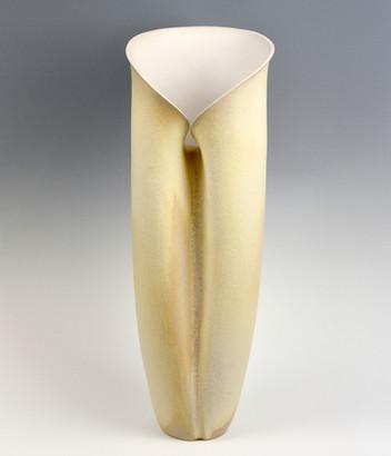 Rutile Inward vase