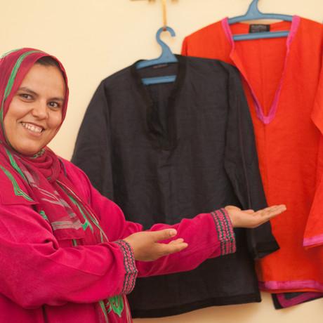 Malika the seamstress (1) - kopie.jpg