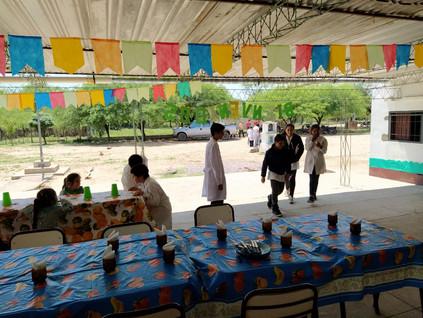 2019 Noviembre, en la escuela de Yacu Hurmana, con Germán y familia.