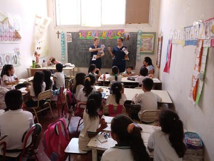 2018 Octubre, con las Rotantes de la UBA en el colegio parroquial de Suncho Corral.
