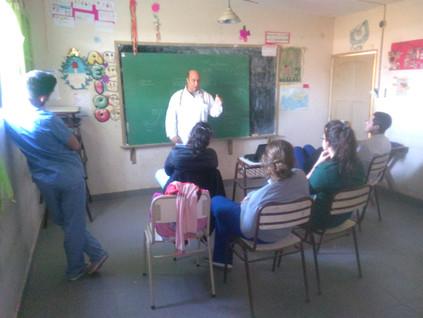2017 Agosto, Escuela de Barrialito, nivel Secundario, cuando recibieron a los médicos de la UBA.