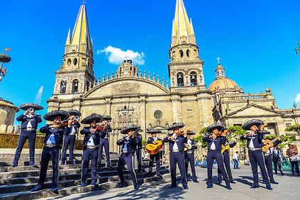 Guadalajara Viajes LGBT gay travel leemb