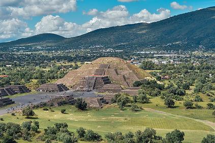 Piramides de Teotihuacan Pyramids quetza