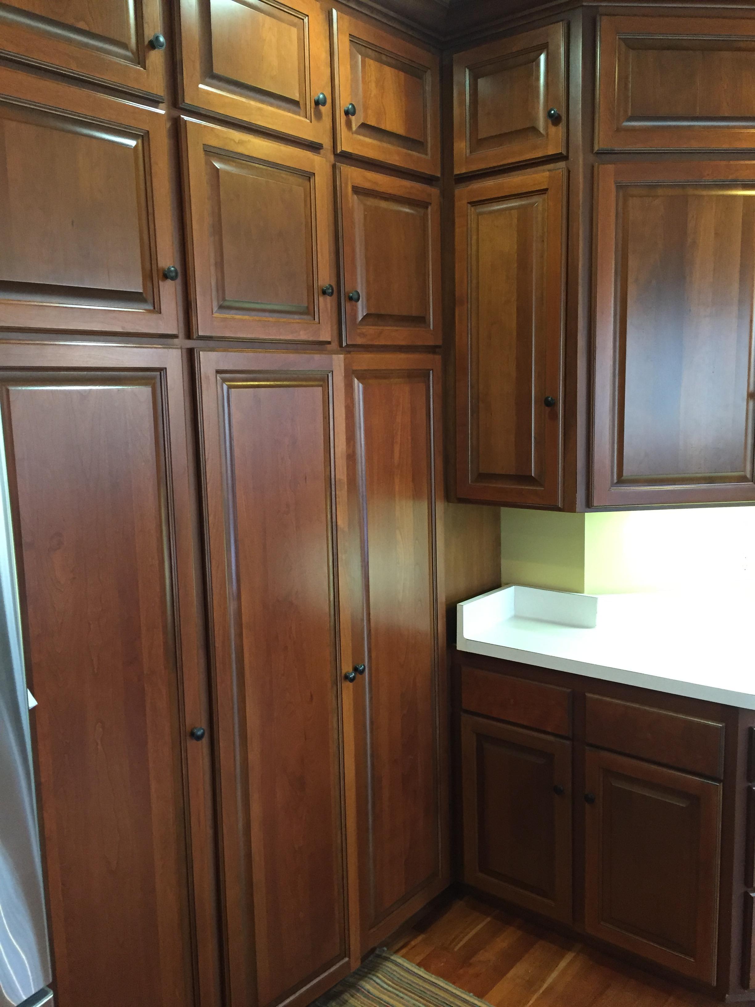 Kitchen Cabinets - Pakala Painting