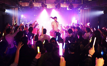 Live026.JPG