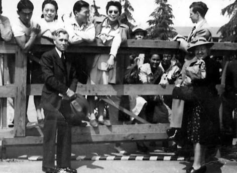 Santa Anita Gate 1942