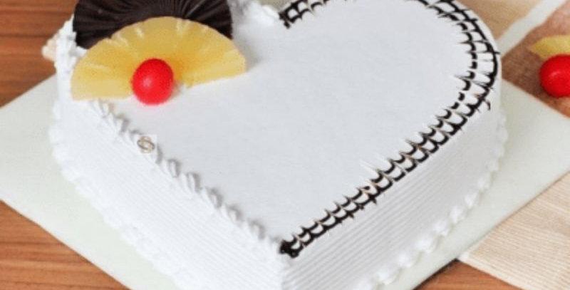 Heart Shape Flavour Pineapple Cake
