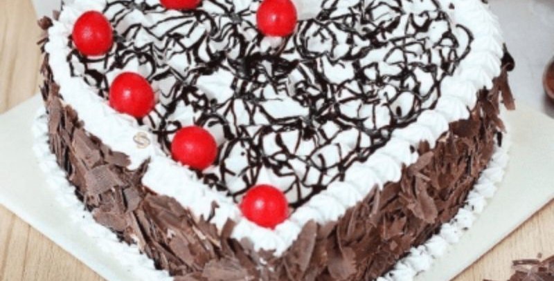 Heart Shape Flavour Black Forest Cake