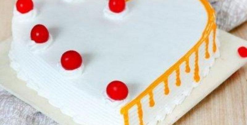 Heart Shape Vanilla Butter Cake