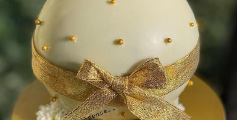 Pinata Cake with Hammer (Ball Shape / Heart Shape)